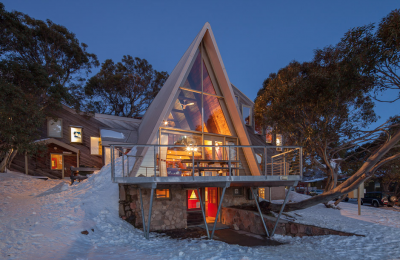 Icicles Ski Club Mt Buller Lodge Winter